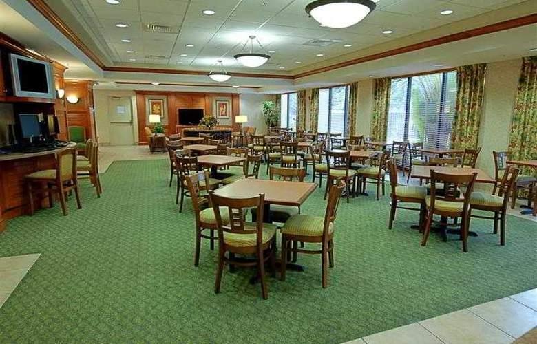 Best Western Plus Kendall Hotel & Suites - Hotel - 18