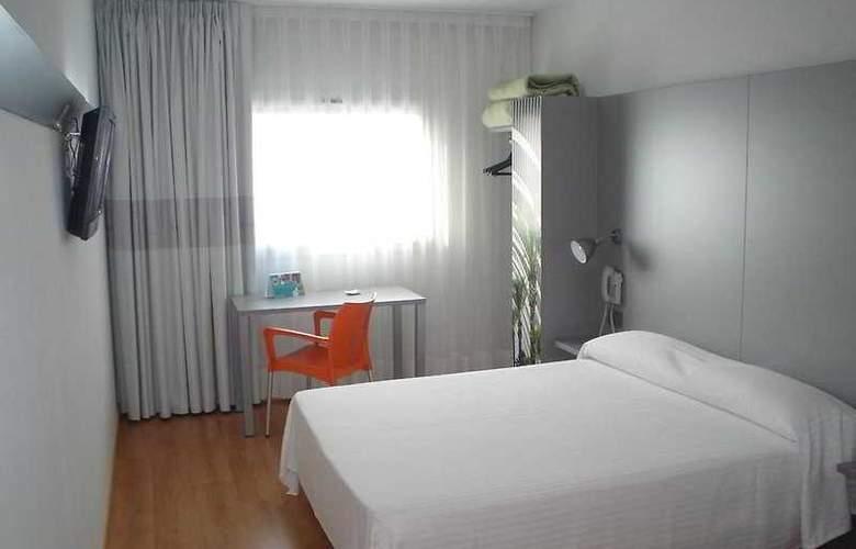 B&B Valencia Aeropuerto - Room - 7