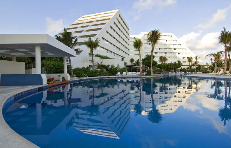 Oasis Palm - Pool - 1