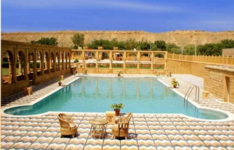 Mahadev Palace - Pool - 6