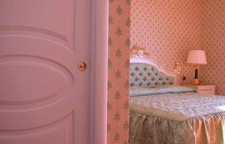 Villa Riis - Room - 1