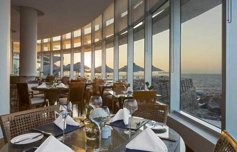 Sheraton Miramar Hotel & Convention Center - Restaurant - 42