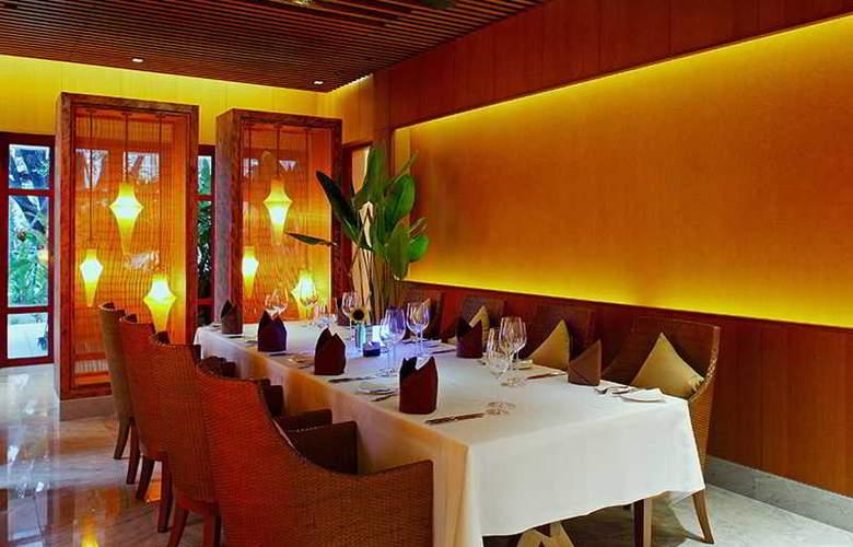 Centara Grand Beach Resort Phuket - Restaurant - 46
