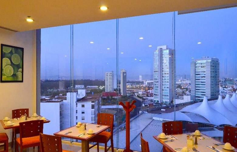 La Quinta Inn & Suites Puebla Palmas - Restaurant - 20