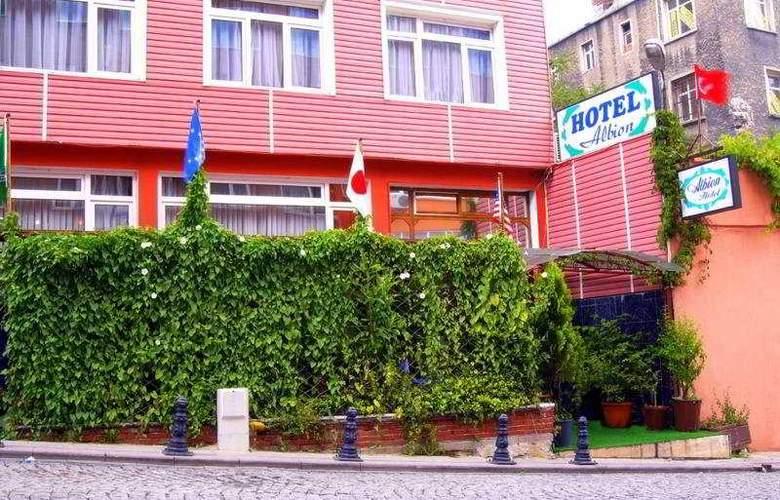 Albion - Hotel - 0