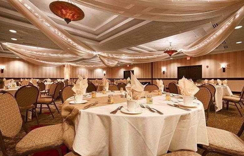 Best Western Premier Nicollet Inn - Restaurant - 52