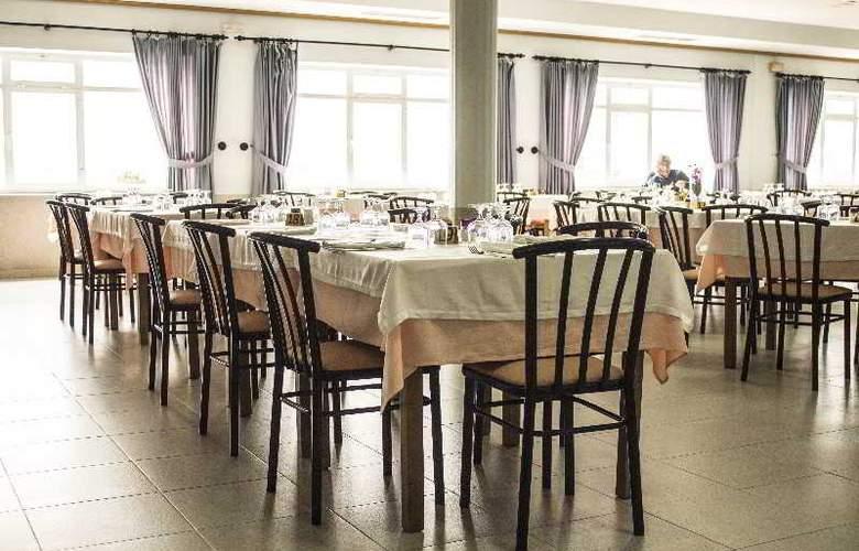Novo - Restaurant - 11