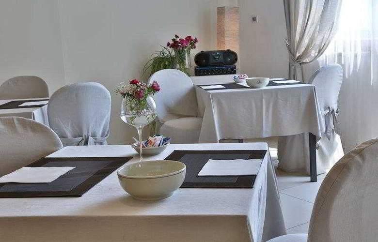 Best Western Cristallo - Restaurant - 83