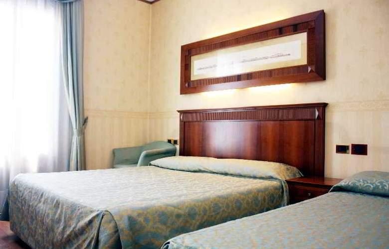 Duca d'Aosta - Room - 9