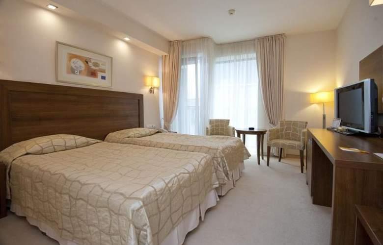 Bourgas - Room - 12