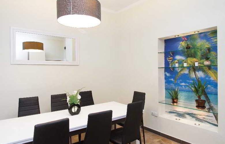 3 Bedroom Apartment cENTRAL sQUARE - Room - 13