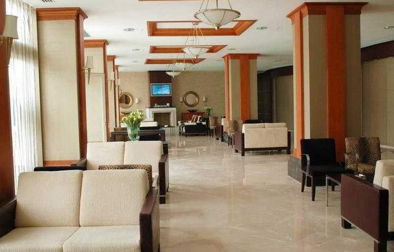 Deluxe Hotel Pinetapark - General - 3