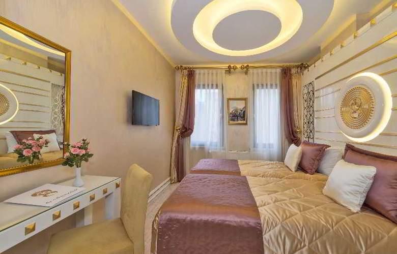 The Million Stone Hotel - Room - 11