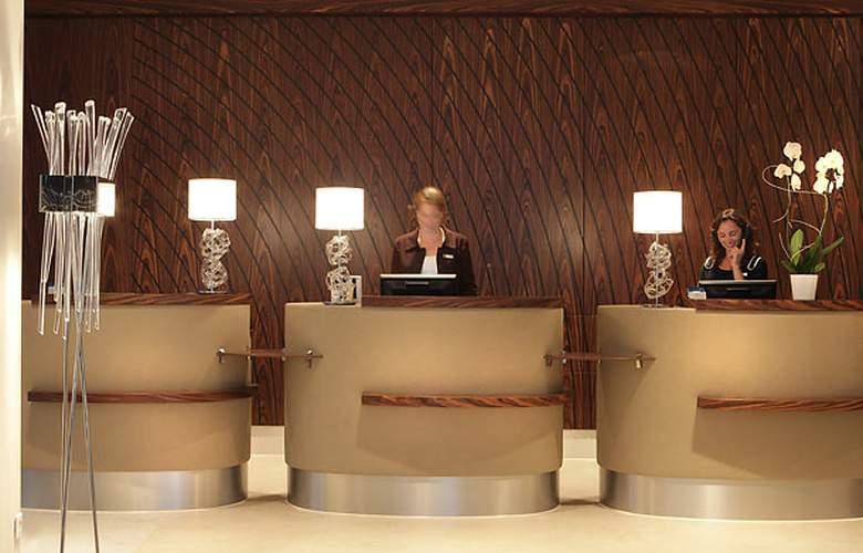 AC Hotel Ambassadeur Antibes - Juan les Pins - General - 1