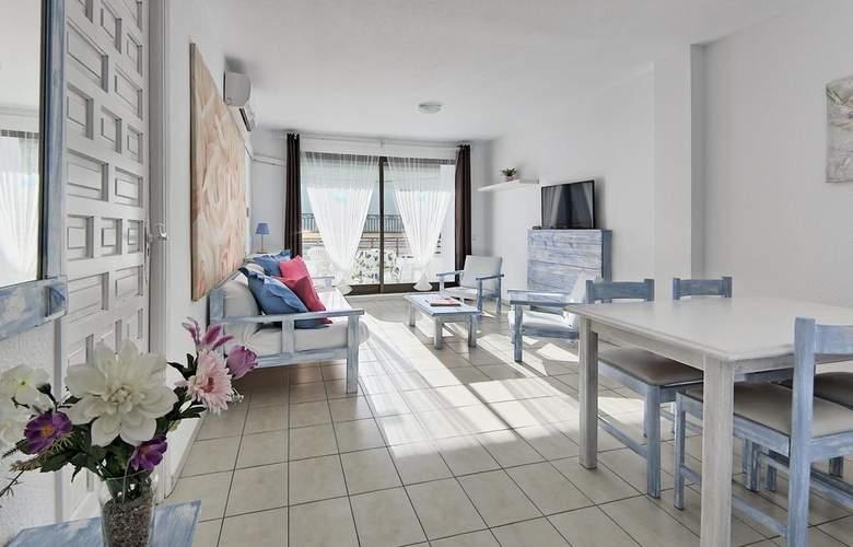 All Suite Ibiza Aparthotel - Room - 4