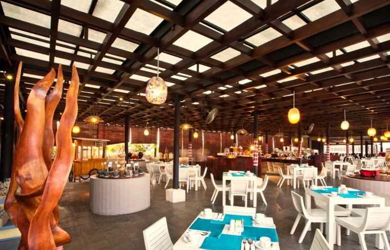 Ramada Bali Sunset Road Kuta - Restaurant - 18