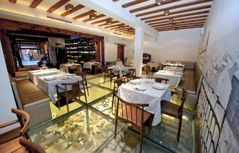 Posada del Leon de Oro - Restaurant - 21