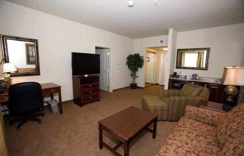 Hampton Inn & Suites Baton Rouge - I-10 East - Hotel - 3
