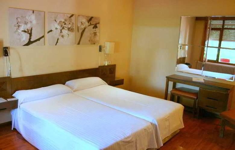 Los Olivos - Room - 10