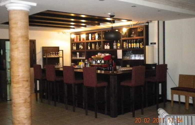 La Aldea Suites - Bar - 4
