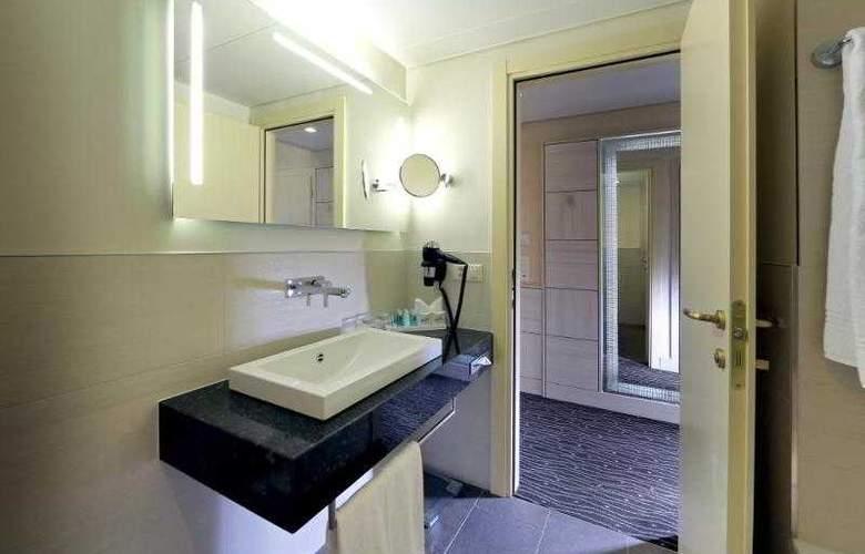 St. Gotthard - Room - 15