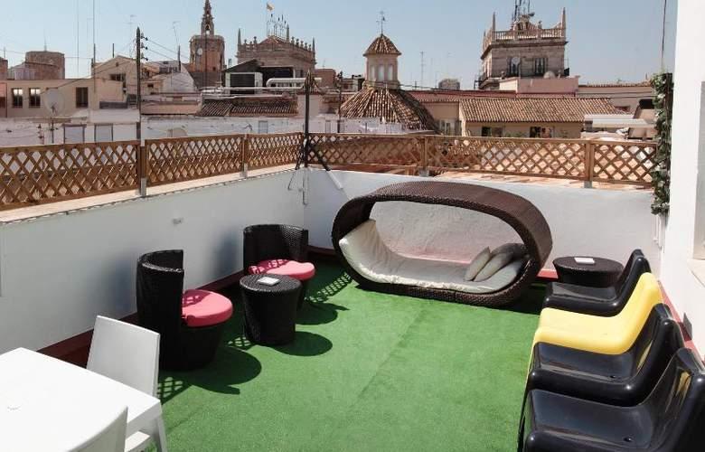 Youth Hostel Center Valencia - Terrace - 20