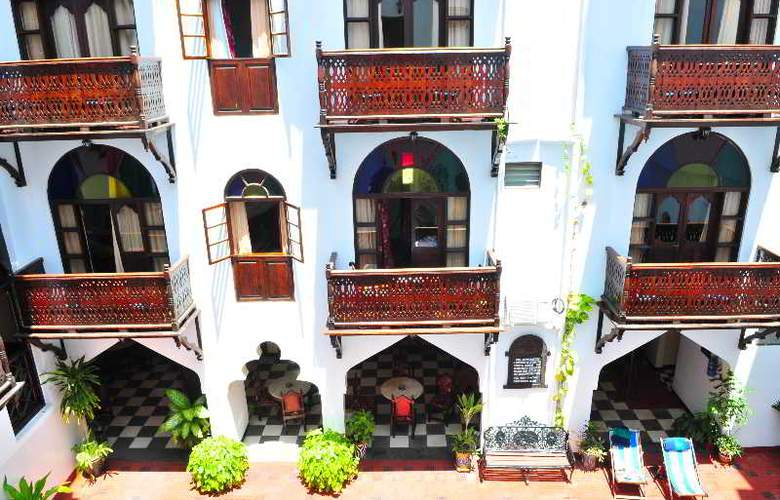 Dhow Palace Hotel - Hotel - 2