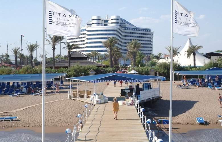 Titanic Beach & Resort De Luxe Hotel - Beach - 7