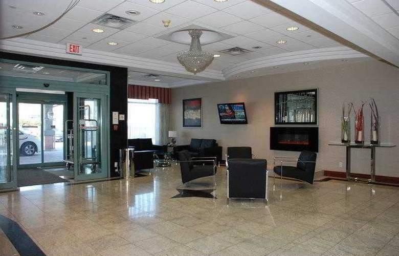 Best Western Plus Travel Hotel Toronto Airport - Hotel - 9