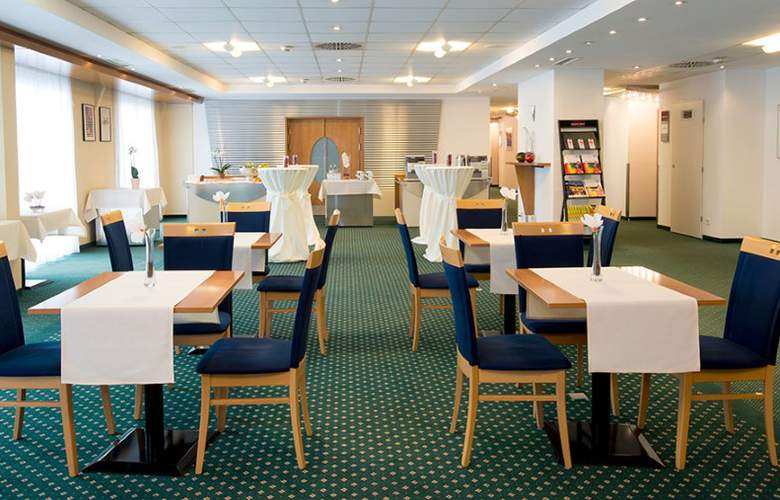 Star Inn Hotel Premium Graz, by Quality - Restaurant - 3