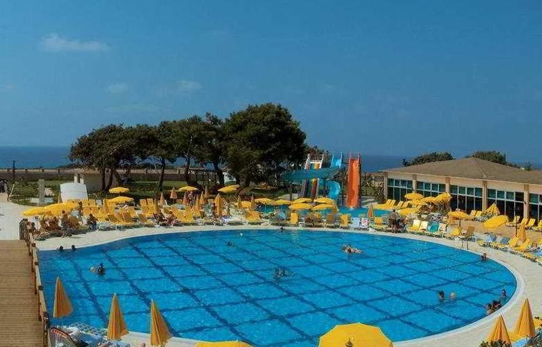 Laphetos Beach Resort & Spa - Pool - 5