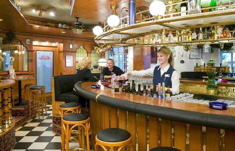 Tryp by Wyndham Bad Bramstedt - Bar - 5