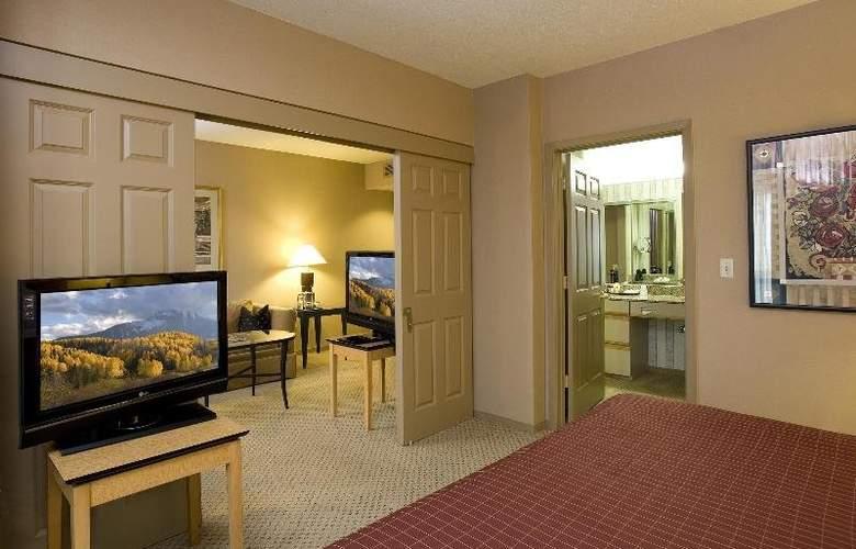 Sheraton Suites Houston near the Galleria - Room - 1
