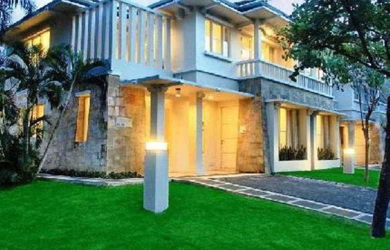 Ciputra Golf Club & Hotel Surabaya - Hotel - 0