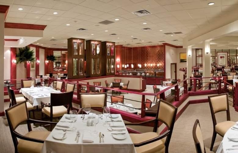 Sheraton Sand Key Resort - Restaurant - 7