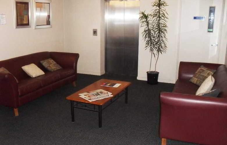 Victoria Hotel Suites - General - 2