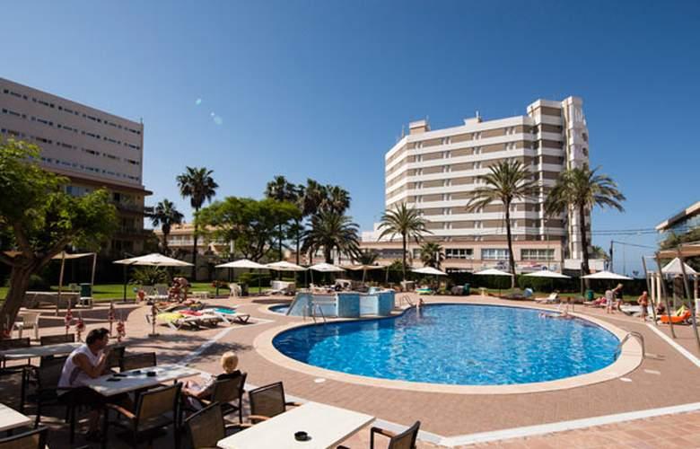 Helios Apartamentos - Hotel - 0