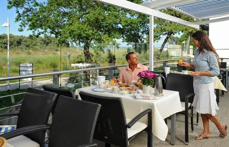 Best Western Hanse Hotel Warnemuende - Restaurant - 70
