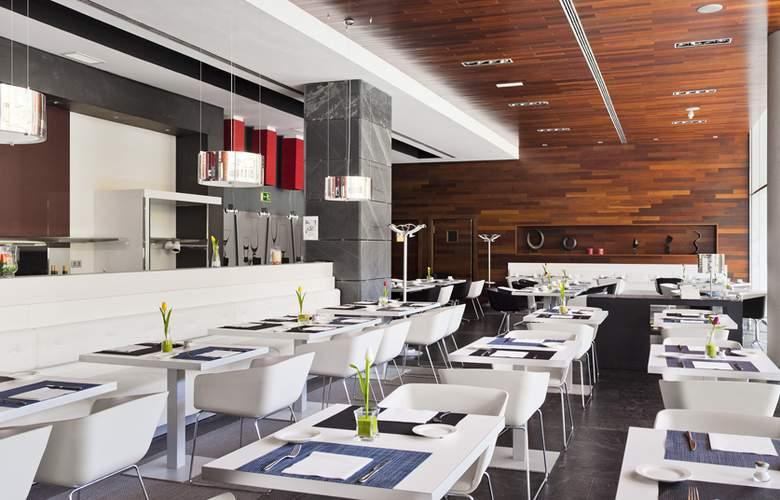 Ilunion Atrium - Restaurant - 33