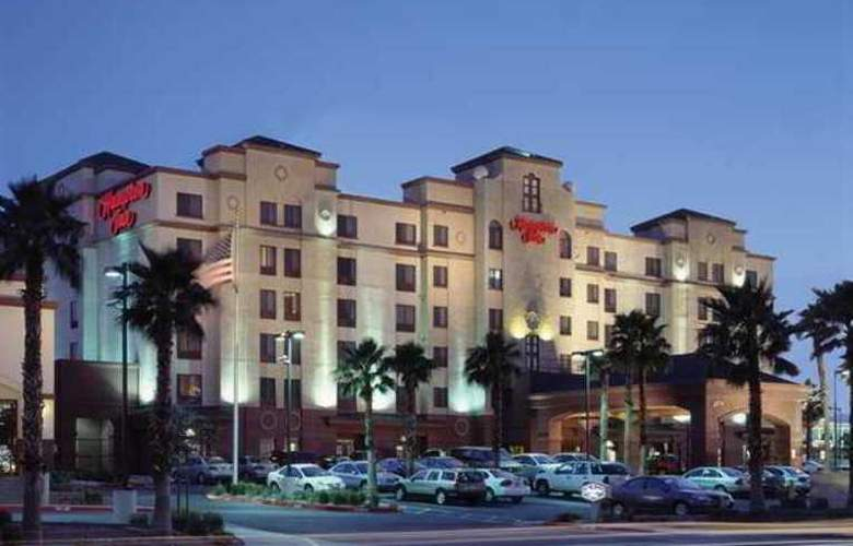 Hampton Inn Tropicana - Hotel - 0