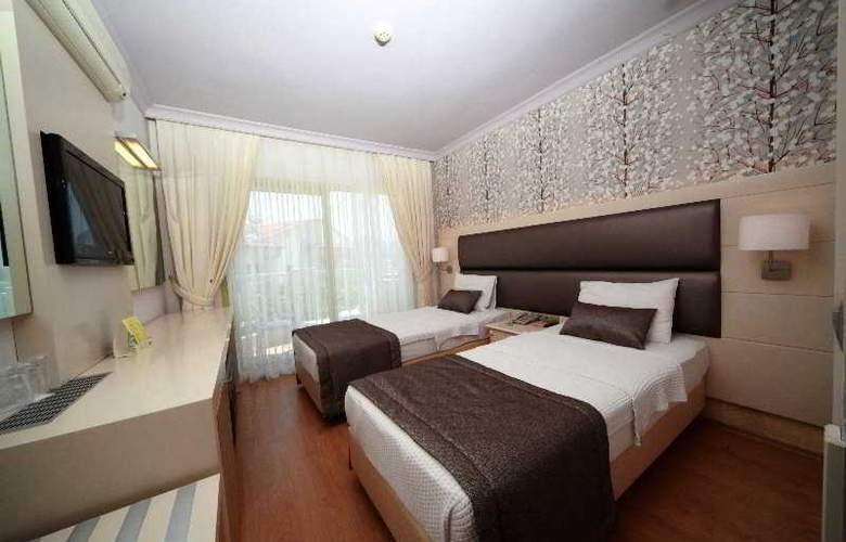 Grand Hotel Faros - Room - 3