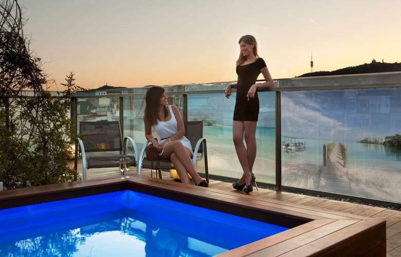 Ayre Hotel Rosellon Desde 124 Barcelona