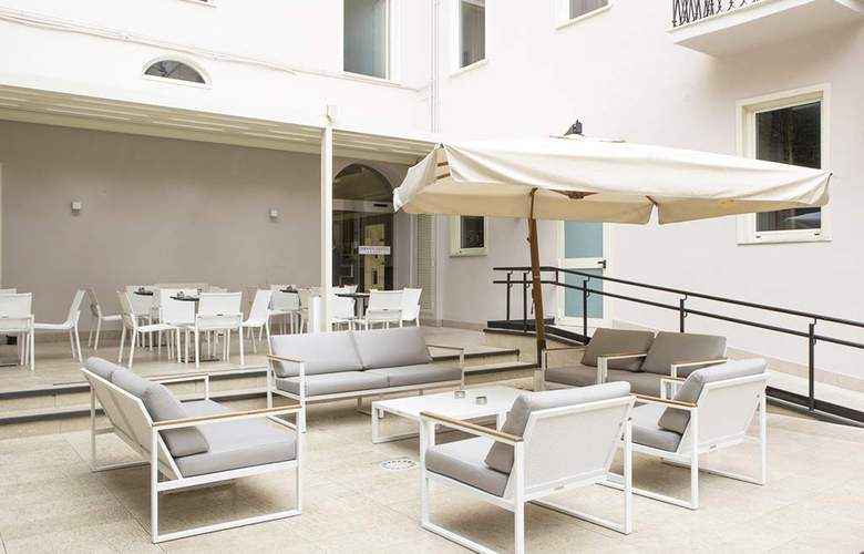 Smooth Hotel Rome Termin - Terrace - 4