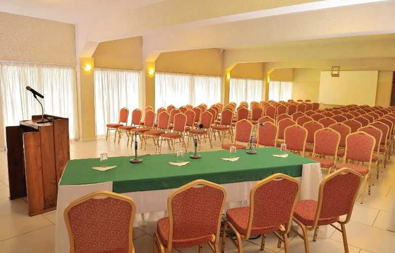 Du Lac - Conference - 3