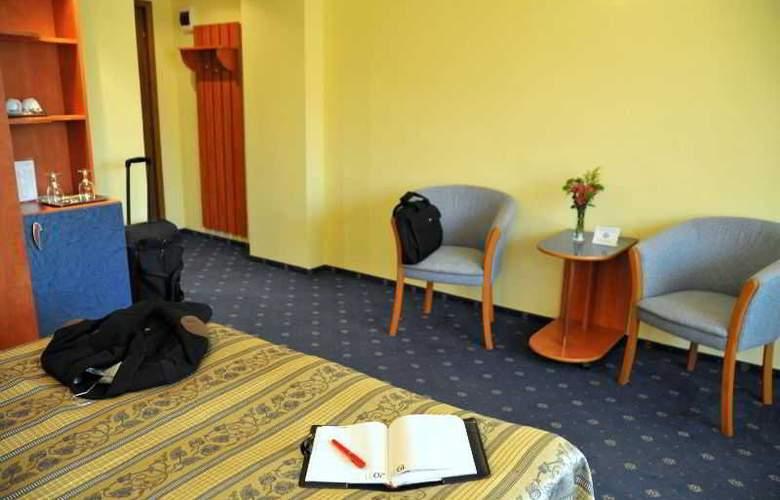 Caro Parc - Room - 14