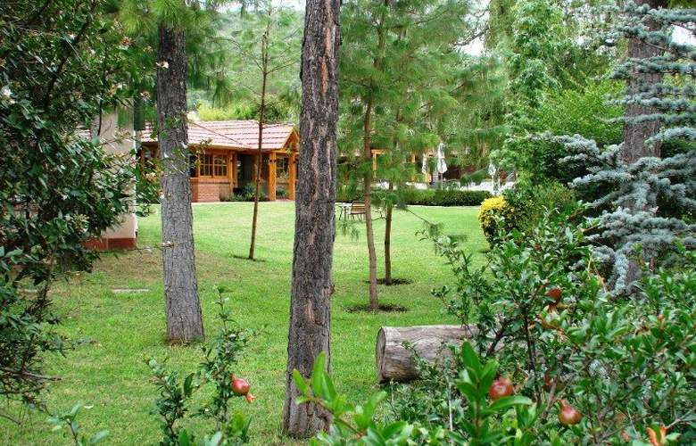 San Isidro Spa & Resort - Terrace - 4