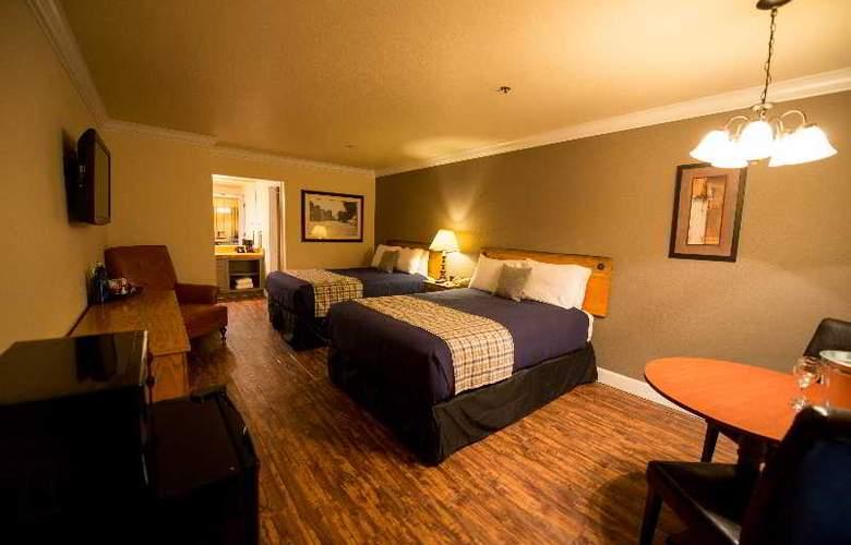 Historian Inn - Room - 13