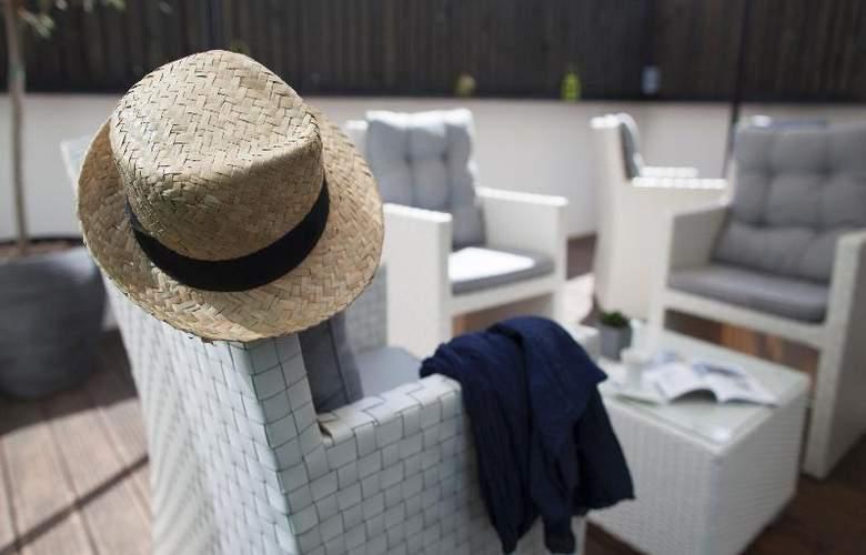 Seven Urban Suites Nantes Centre - Terrace - 22