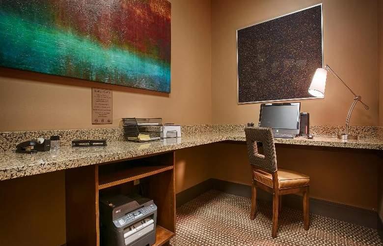 Best Western Ivy Inn & Suites - Conference - 77