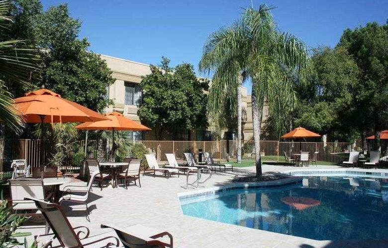 Best Western Tucson Int'l Airport Hotel & Suites - Hotel - 70